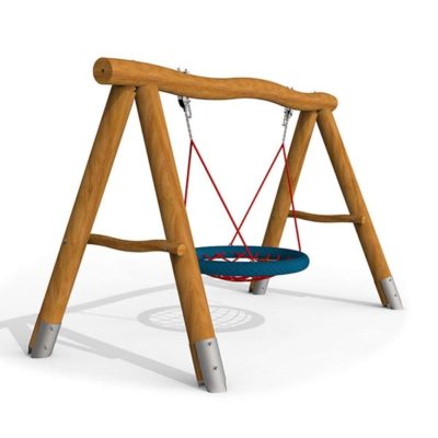 Supynės - lizdas pagamintos iš akacijos medienos, nerūdijančio plieno ir nerūdijančio Hercules virvės, skirtos naudotis keturiems vaikams baltame fone