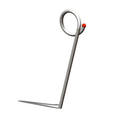 Lauko sportinis įrenginys iš nerūdijančio plieno V2A skirtas žaisti lauke su kamuoliu baltame fone
