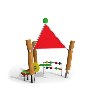 Nerūdijančio plieno žaidimų įrenginys namukas skirta patiems mažiausiems baltame fone