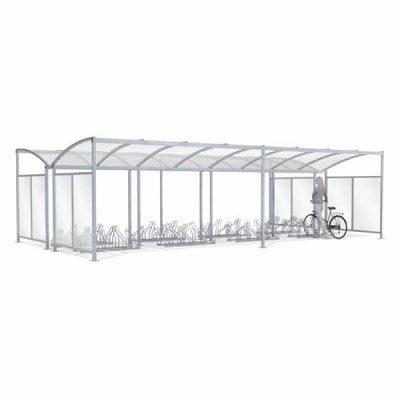 40-ies vietų dvipusė dviračių stoginė su sienelėm iš plieno ir polikarbonato baltame fone