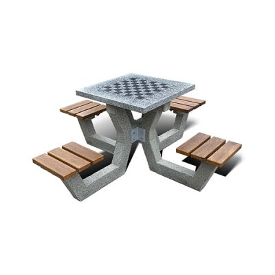 Lauko šachmatų stalas su keturiomis kėdėmis iš granito ir betono baltame fone