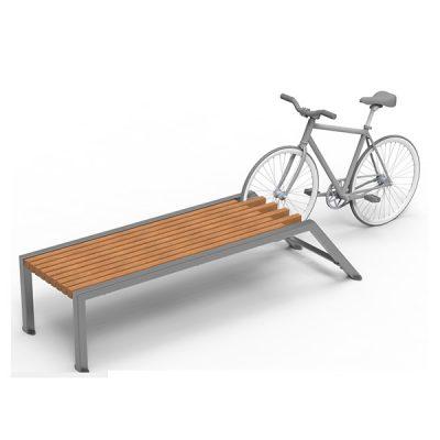Suoliukas iš plieno ir medienos su integruotu dviračio stovu baltame fone